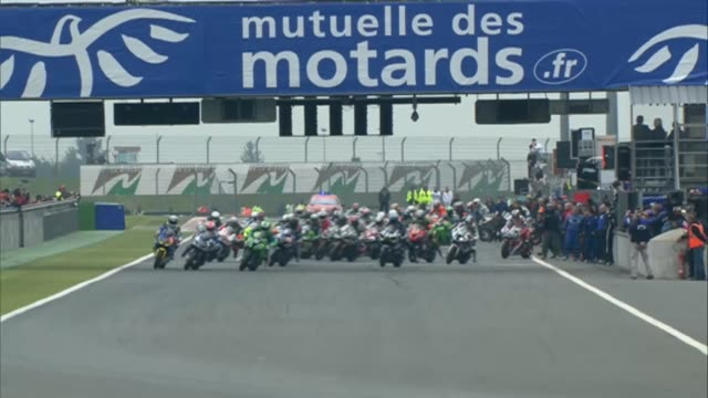 the bol d'or 24 hours endurance motorcycle race at the circuit de nevers magnycours on april 20 2013 in nevers france - endurance race stock videos and b-roll footage