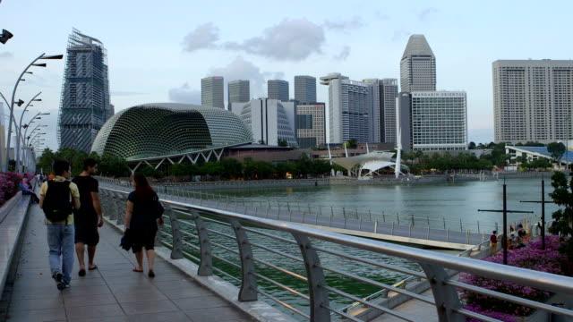 The bridge leading to the Esplanade and Mandarin Oriental hotel