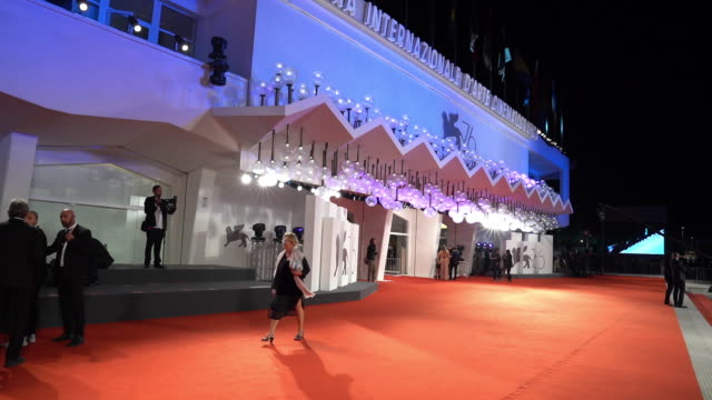 atmosphere 'the burnt orange heresy' red carpet arrivals 76th venice film festival on september 7 2019 in venice italy - 76th venice film festival 2019点の映像素材/bロール