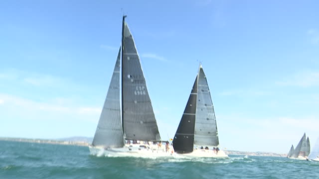 the cascais bay will once again be the stage of the main event of the portuguese calendar during 3 days. the cascais vela will have the participation... - regatta stock-videos und b-roll-filmmaterial