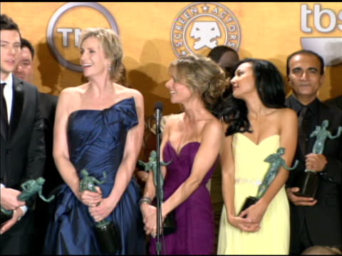 the cast of 'glee' on deciding who got to speak at the show at the 16th annual screen actors guild awards press room at los angeles ca - cast member stock videos & royalty-free footage