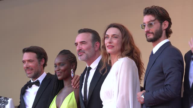 """vídeos de stock, filmes e b-roll de the cast of oss 117: from africa with love attends the final screening of """"oss 117: from africa with love"""" and closing ceremony during the 74th... - cannes"""