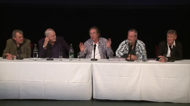 the cast on apprehension over the audience at the monty python press conference, on 30th june 2014 in london, england - テリー・ギリアム点の映像素材/bロール