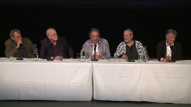 interview the cast on australia and the last ever show at the monty python press conference on 30th june 2014 in london england - john cleese stock videos & royalty-free footage
