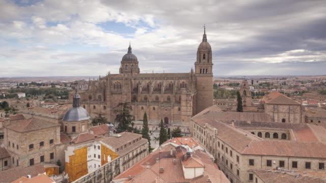 vídeos y material grabado en eventos de stock de the cathedral in salamanca, spain. - salamanca