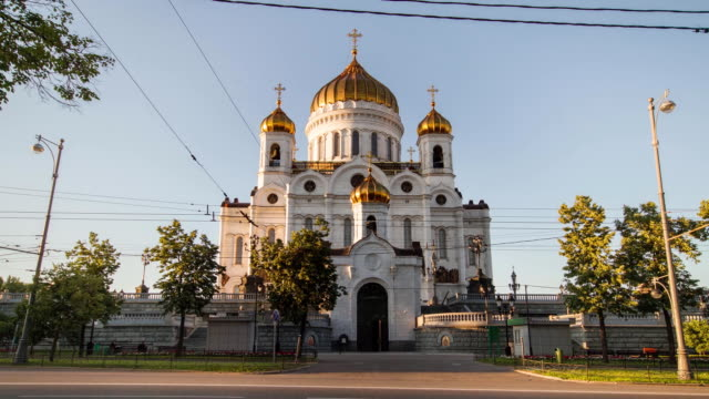 tl the cathedral of christ the saviour / russia, moscow - onion dome stock videos and b-roll footage