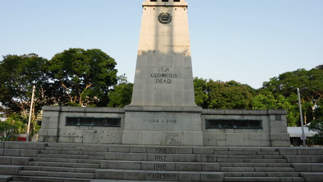 the cenotaph in esplanade park, singapore - whitehall london stock videos & royalty-free footage