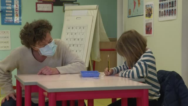 the champ l'eveque kindergarten near rennes northwestern france opens its doors as children across france head back to school after two months of... - head back stock videos & royalty-free footage
