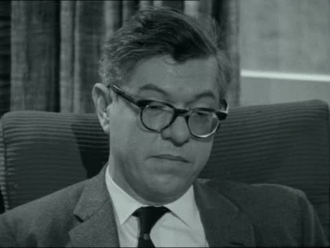 the changing universe: prof fred hoyle interview; england: cambridge: 2-shot: prof fred hoyle interview sof. - (have prof martin ryle's revelations... - itv late evening bulletin点の映像素材/bロール