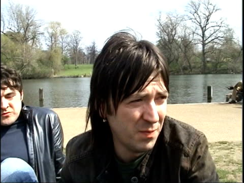 the charlatans release new album itn london ext mark collins interviewed sot talks of inspiration for the songs tim burgess running and jumping... - cd発売点の映像素材/bロール
