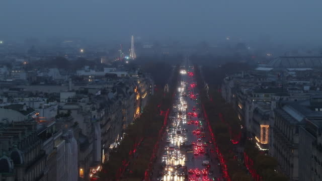 the christmas lights  on the champs elysees in paris - フランス点の映像素材/bロール