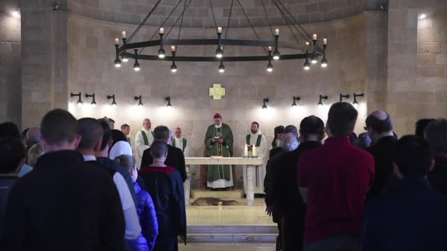 vídeos de stock e filmes b-roll de the church in northern israel where christians believe jesus performed the miracle of the loaves and fishes reopened on sunday 20 months after an... - milagres