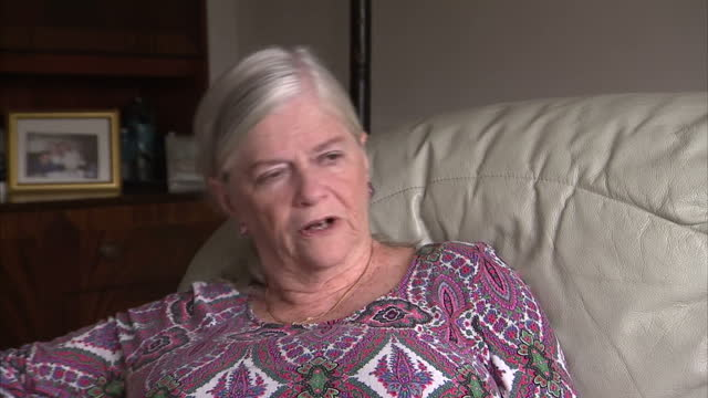 vídeos de stock, filmes e b-roll de the church of england could today pave the way for the first woman bishop to be in place by the end of the year a vote is taking place at the general... - anglicano