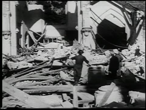 vídeos y material grabado en eventos de stock de the civilian serves - 9 of 10 - vea otros clips de este rodaje 2265