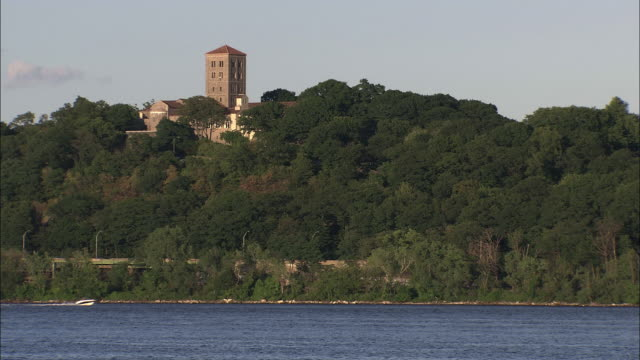 the cloisters, washington heights, new york - fortezza video stock e b–roll