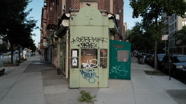 the closed store-front of black flamingo during the global pandemic covid-19 in new york city, new york, united states of america - hipster culture stock videos & royalty-free footage