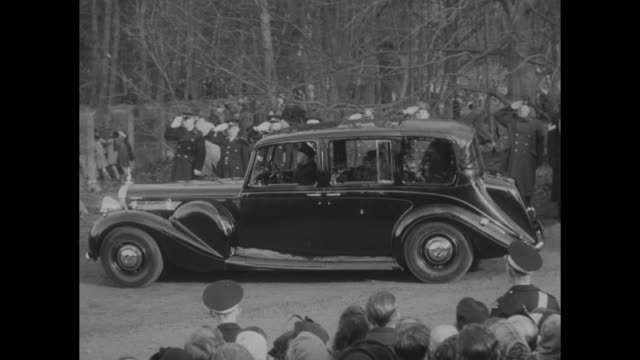 the coffin royal standard draped with crown orb scepter and flowers is carried by pallbearers kings company 1st battalion grenadier guards at... - princess margaret 1950 stock videos and b-roll footage