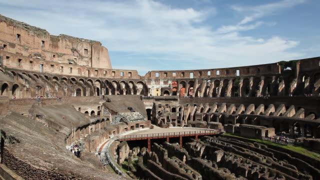 stockvideo's en b-roll-footage met the coliseum (amphitheatrum flavium), hypogeum, rome, italy - colosseum