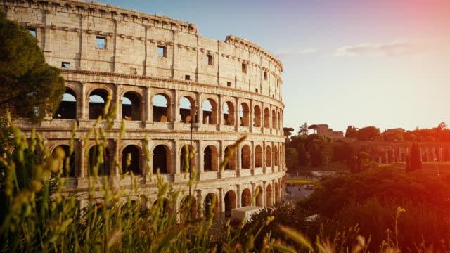 the coliseum of rome - colosseo video stock e b–roll