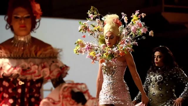The Colombian Inclusion Fashion Show on Wednesday night gave people with physical and cognitive disabilities afro descendants members of the LGBT...