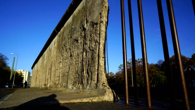 the concrete berlin wall at the bernauer strasse - cold war stock videos & royalty-free footage