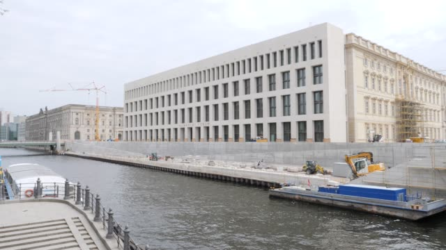 the construction site of the humboldtforum as part of the berlin city palace stands on june 16 2019 in berlin germany the berlin city palace in... - berliner stadtschloss stock-videos und b-roll-filmmaterial
