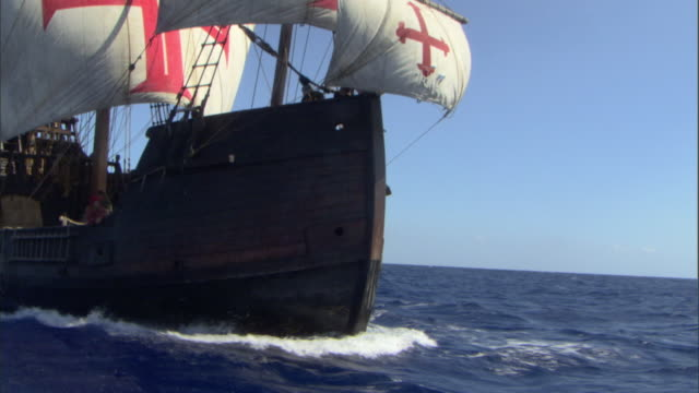 the crew of the santa maria scurries over the deck as she sails the open ocean. - equipaggio video stock e b–roll
