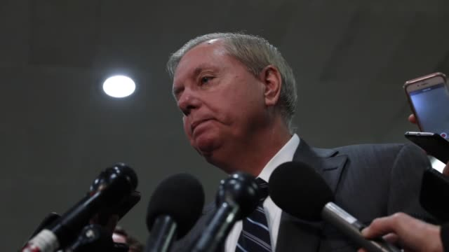 vídeos y material grabado en eventos de stock de the crown prince of saudi arabia mohammed bin salman is complicit in the murder of jamal khashoggi a senator said tuesday senator lindsey graham said... - senador