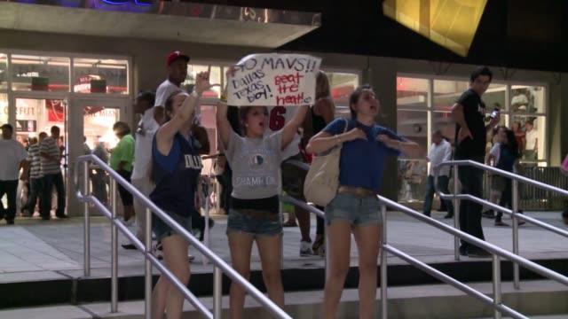 the dallas mavericks have beaten the miami heat to clinch the 2011 nba championship. miami, florida, united states. - championships stock videos & royalty-free footage