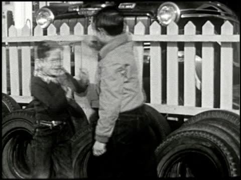 the dangerous stranger (first edition) - 4 of 10 - andere clips dieser aufnahmen anzeigen 2270 stock-videos und b-roll-filmmaterial