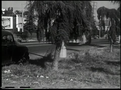 vídeos de stock e filmes b-roll de the dangerous stranger (first edition) - 7 of 9 - veja outros clipes desta filmagem 2270