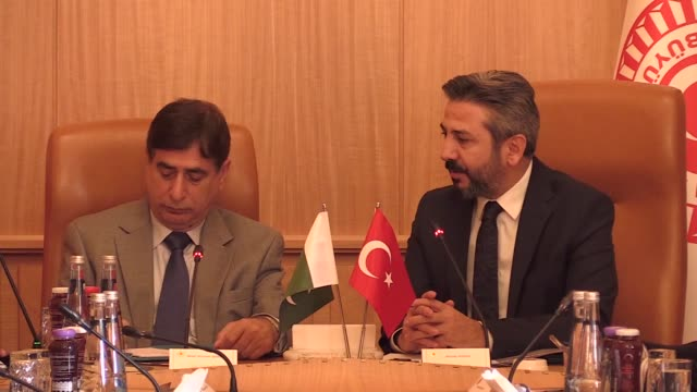 The deputy speaker of Turkey's parliament on Monday voiced support for Pakistan over the Kashmir issue In a meeting with Shah Ghulam Qadir the...