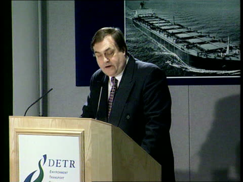 stockvideo's en b-roll-footage met new government report itn england london dept of transport int deputy pm john prescott mp to podium and speaking reopening formal investigation into... - derbyshire