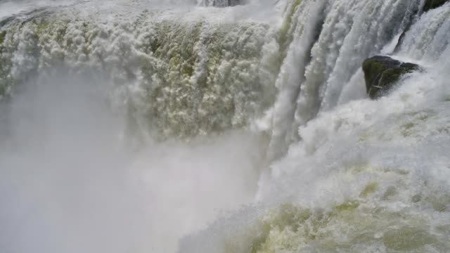 the devil's throat at iguazú falls in argentina - devil's throat stock videos and b-roll footage