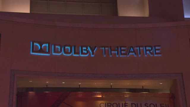 vídeos de stock e filmes b-roll de the dolby theatre is a live-performance auditorium in the hollywood. since its opening on november 9 the theater has hosted the academy awards... - the dolby theatre