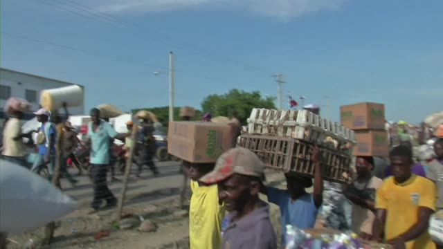 stockvideo's en b-roll-footage met the dominican republics parliament passed a law granting citizenship to descendants of illegal immigrants mostly haitians born in the country and who... - hispaniola