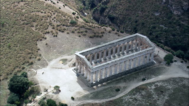 the doric temple at segesta  - aerial view - sicily, province of trapani, calatafimi-segesta, italy - doric stock videos & royalty-free footage