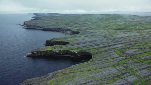 the dry stone walls of inishmore - fortress stock videos & royalty-free footage