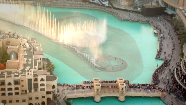 la fontana di dubai - fontana struttura costruita dall'uomo video stock e b–roll