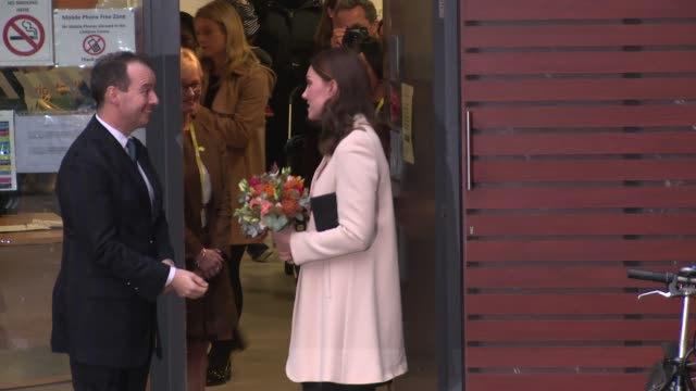 the duchess of cambridge at hornsey road children's centre on november 14 2017 in london england - 2017 stock-videos und b-roll-filmmaterial
