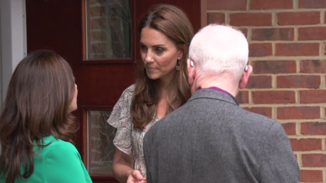 GBR: The Duchess of Cambridge joins photography workshop with Action for Children & The Royal Photographic Society