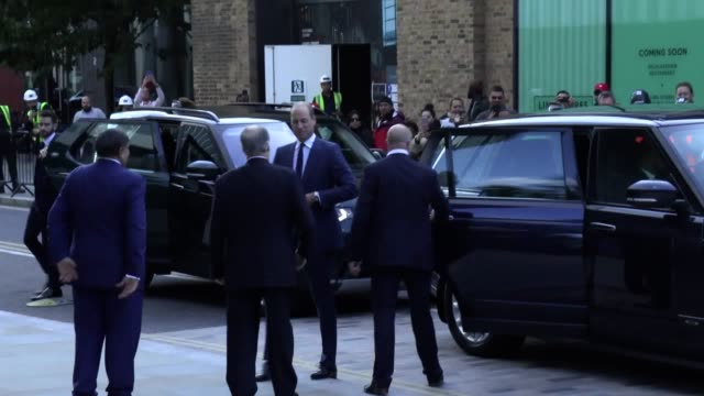the duke and duchess of cambridge arrive at the aga khan centrein london for a visit ahead of their trip to pakistan - imam stock videos & royalty-free footage
