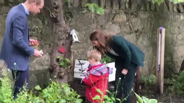 the duke and duchess of cambridge have joined gardening sessions for young people benefitting from one of edinburgh's green spaces. william and kate... - award stock videos & royalty-free footage