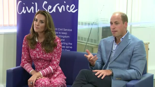 the duke and duchess of cambridge visit london bridge jobcentre england london elephant and castle london bridge jobcentre int gvs prince william... - white collar worker stock videos & royalty-free footage