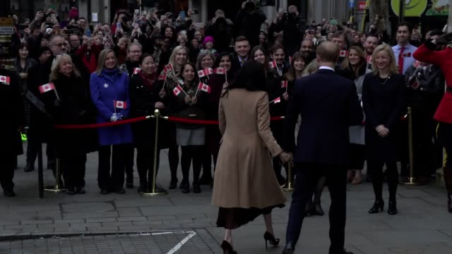 the duke and duchess of sussex arrive at canada house to thank the commissioner for their stay in thr country over christmas harry and meghan have... - サセックス公爵ヘンリー王子点の映像素材/bロール
