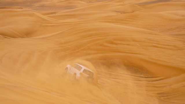 slo mo the dune bashing in dubai - 4x4 stock videos & royalty-free footage