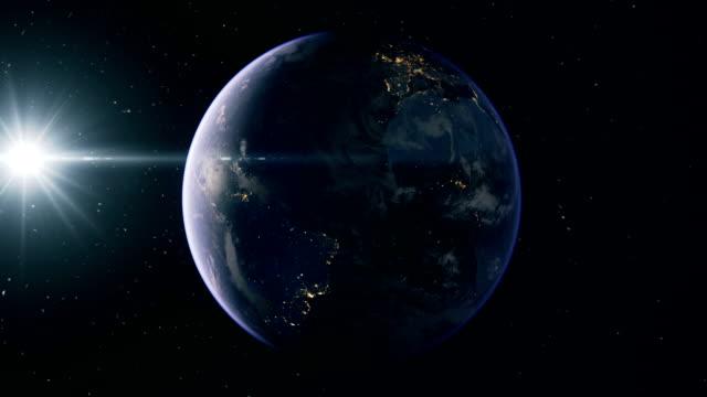 vídeos de stock e filmes b-roll de the earth from space - movimento perpétuo