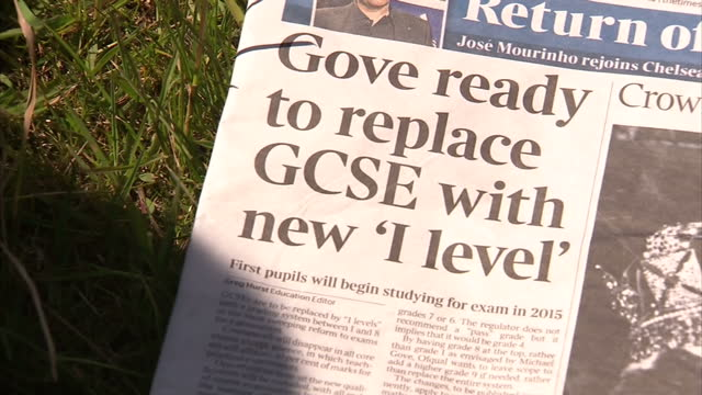 """the education secretary michael gove is reported to be considering replacing gcses as part of a radical overhaul of school exams. the new """"i-level""""... - 一般教育証明試験点の映像素材/bロール"""
