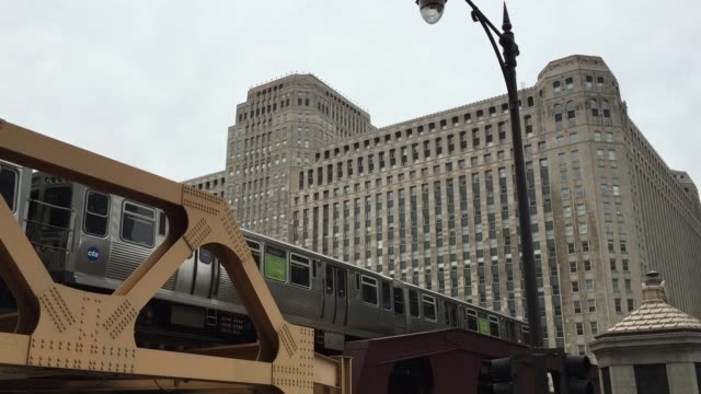 the elevated train in chicago - underground station stock videos & royalty-free footage