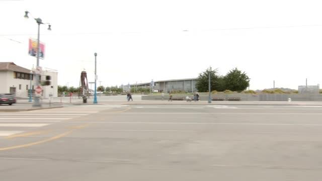sf den embarcadero xxviii synkroniserade serien vänster visa körning process skylt - trådbuss bildbanksvideor och videomaterial från bakom kulisserna